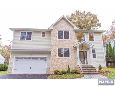 Glen Rock Single Family Home For Sale: 8 Rocklynn Place