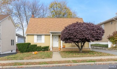 Elmwood Park Single Family Home For Sale: 49 Falmouth Avenue