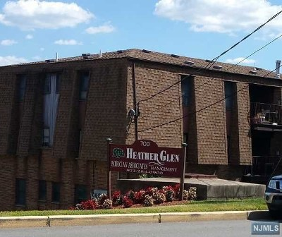 Hudson County Condo/Townhouse For Sale: 700 Schuyler Avenue #B16