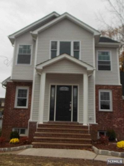 Teaneck NJ Single Family Home For Sale: $515,000