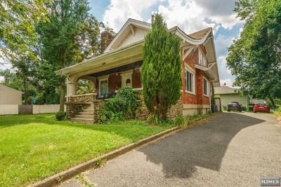 Bogota Single Family Home For Sale: 506 River Road