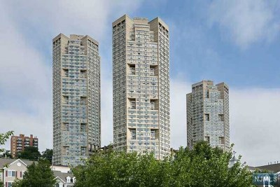 Guttenberg Rental For Rent: 7002 Boulevard East #41a
