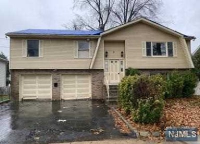 Saddle Brook Single Family Home For Sale: 32 Blanche Street