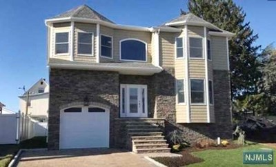 Bergen County Single Family Home For Sale: 186 Hillcrest Avenue