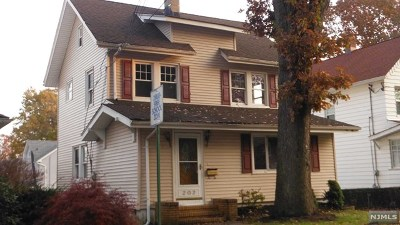 Hudson County Single Family Home For Sale: 202 Argyle Place