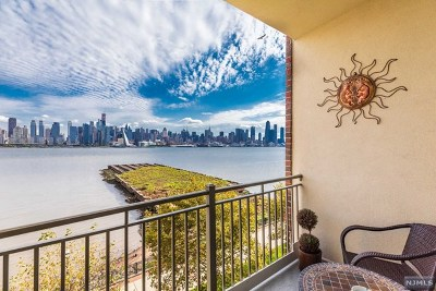 West New York Condo/Townhouse For Sale: 24 Ave At Port Imperial #300