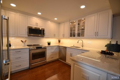 Bergen County Condo/Townhouse For Sale: 521 Piermont Avenue