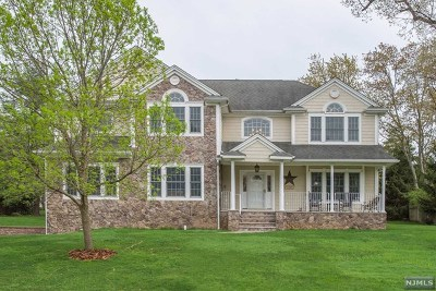 Morris County Single Family Home For Sale: 3 Mueller Court