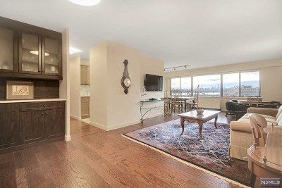 Edgewater Condo/Townhouse For Sale: 1203 River Road #6h