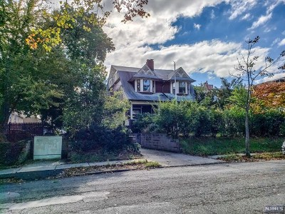 Hackensack Residential Lots & Land For Sale: 74 Clarendon Place