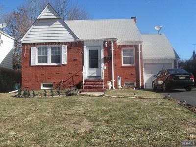 Hackensack Single Family Home For Sale: 496 Parker Avenue