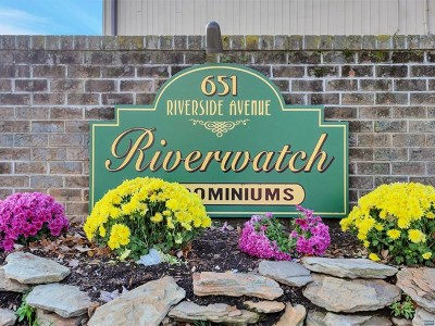 Lyndhurst Condo/Townhouse For Sale: 651 Riverside Avenue #A4