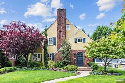 Hackensack Single Family Home For Sale: 103 Cedar Avenue