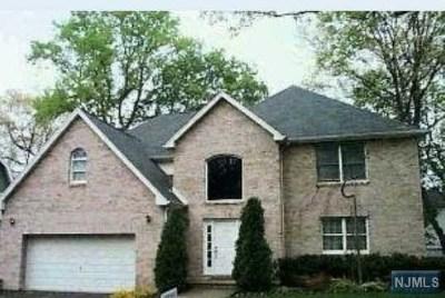 Leonia Single Family Home For Sale: 145 Chestnut Street