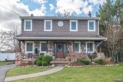 Pompton Lakes Single Family Home For Sale: 120 Whitney Avenue
