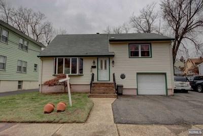 Little Ferry Single Family Home For Sale: 39 Garden Street