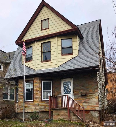 Hackensack Single Family Home For Sale: 178 Anderson Street
