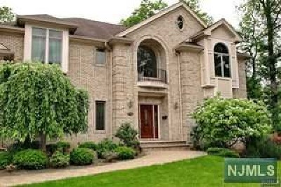 Closter Single Family Home For Sale: 18 Maplewood Road