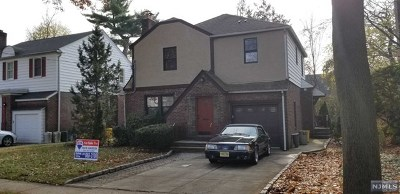 Teaneck Single Family Home For Sale: 24 Minell Place