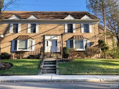 Park Ridge Condo/Townhouse For Sale: 29 South Maple Avenue #29b