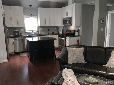 West Milford Single Family Home For Sale: 10 Roosevelt Road