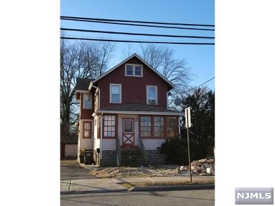 Bergenfield Multi Family 2-4 For Sale: 130 Hickory Avenue