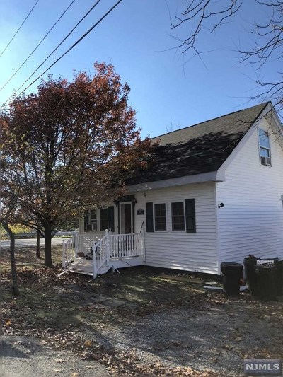 West Milford Single Family Home For Sale: 1 Riverside Road