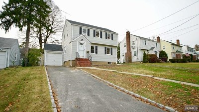 Teaneck Single Family Home For Sale: 780 Hartwell Street