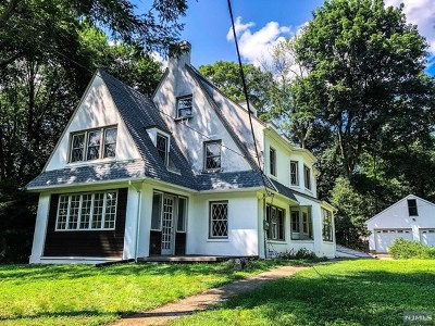 Demarest Single Family Home For Sale: 240 County Road
