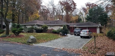 Tenafly Single Family Home For Sale: 23 Leslie Place