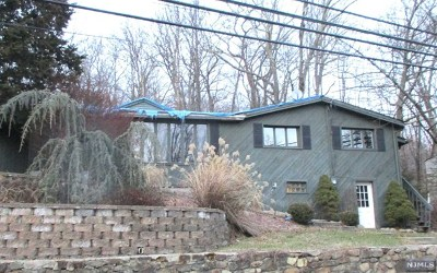West Milford Single Family Home For Sale: 91 Weaver Road
