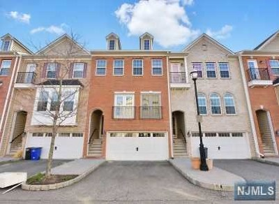 Secaucus Condo/Townhouse For Sale: 29 Creekside Court