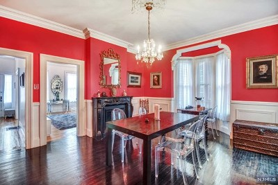 Hudson County Single Family Home For Sale: 93 Kensington Avenue