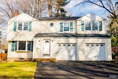 Bergen County Single Family Home For Sale: 62 Central Avenue