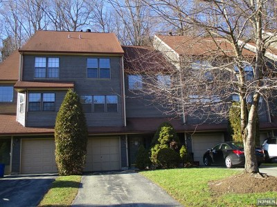 West Milford Condo/Townhouse For Sale: 42 Lexington Lane #B