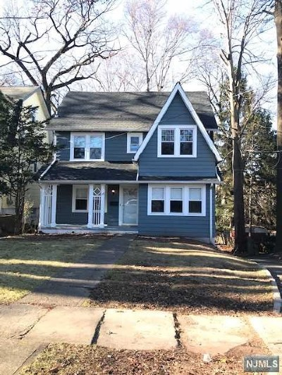 Essex County Single Family Home For Sale: 38 Clarendon Place
