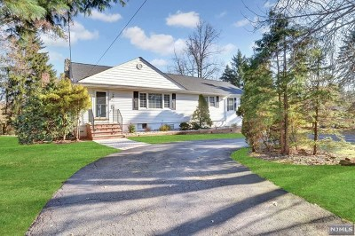 Mahwah Single Family Home For Sale: 7 Reid Court