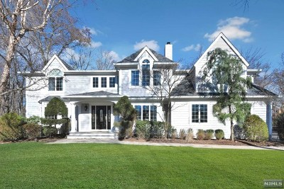 Franklin Lakes NJ Single Family Home For Sale: $1,395,000