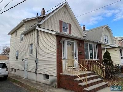 Lyndhurst NJ Single Family Home For Sale: $364,900