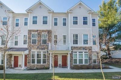 Garfield NJ Condo/Townhouse For Sale: $340,000