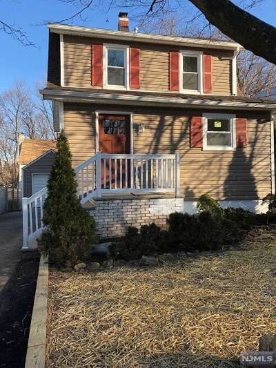 Leonia Single Family Home For Sale: 419 Fort Lee Road