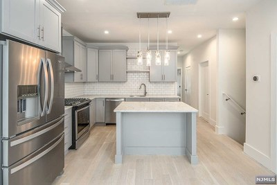 Hudson County Condo/Townhouse For Sale: 40 Thorne Street #1