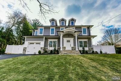 Oradell Single Family Home For Sale: 455 Bergen Boulevard