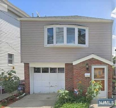 Secaucus Single Family Home For Sale: 736 1st Street