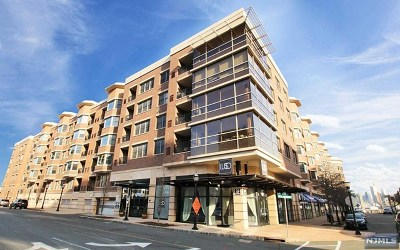 West New York Condo/Townhouse For Sale: 20 Ave At Port Imperial #110