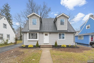 Teaneck Single Family Home For Sale: 240 Van Buskirk Road