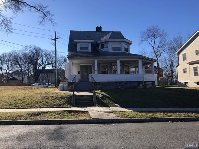Ridgefield Single Family Home For Sale: 954 Linden Avenue