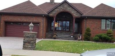 Elmwood Park Single Family Home For Sale: 346 East 54th Street