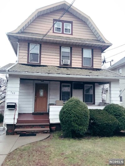 Ridgefield Park Single Family Home For Sale: 169 Overpeck Avenue