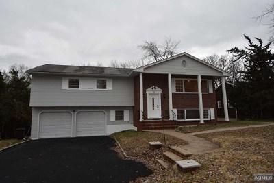 Wayne Single Family Home For Sale: 16 Oak Street